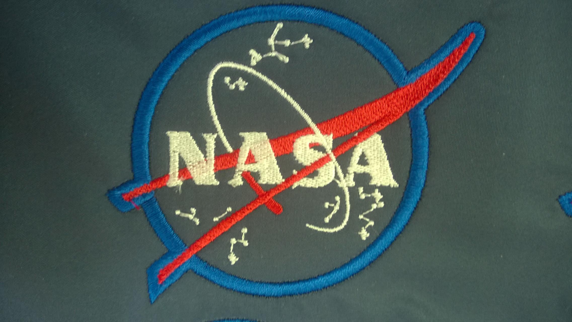 Машинная вышивка логотипов на заказ 55